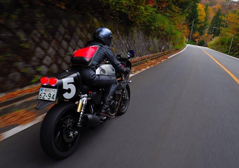 womanmotorcyclist